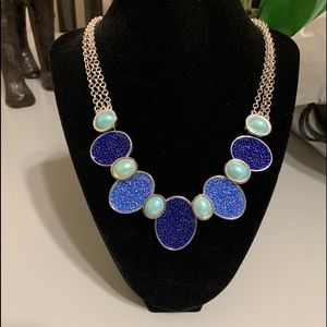 Stylish Chunky Necklace In Shades Of Blue & Silver